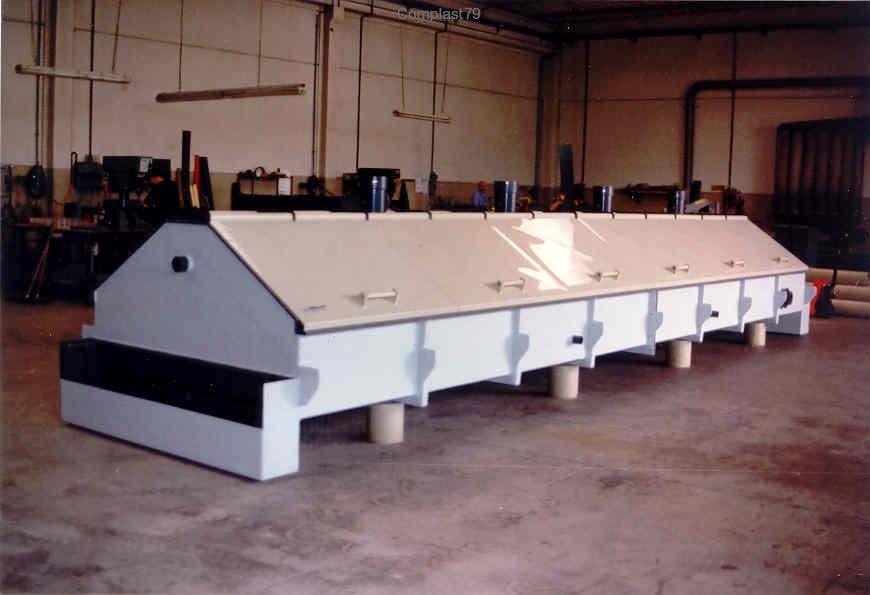lavorazione materie plastiche macchina in PVC rivestita in PRFV